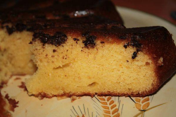 Gâteau au yaourt aux clémentines et aux pépites de chocolat