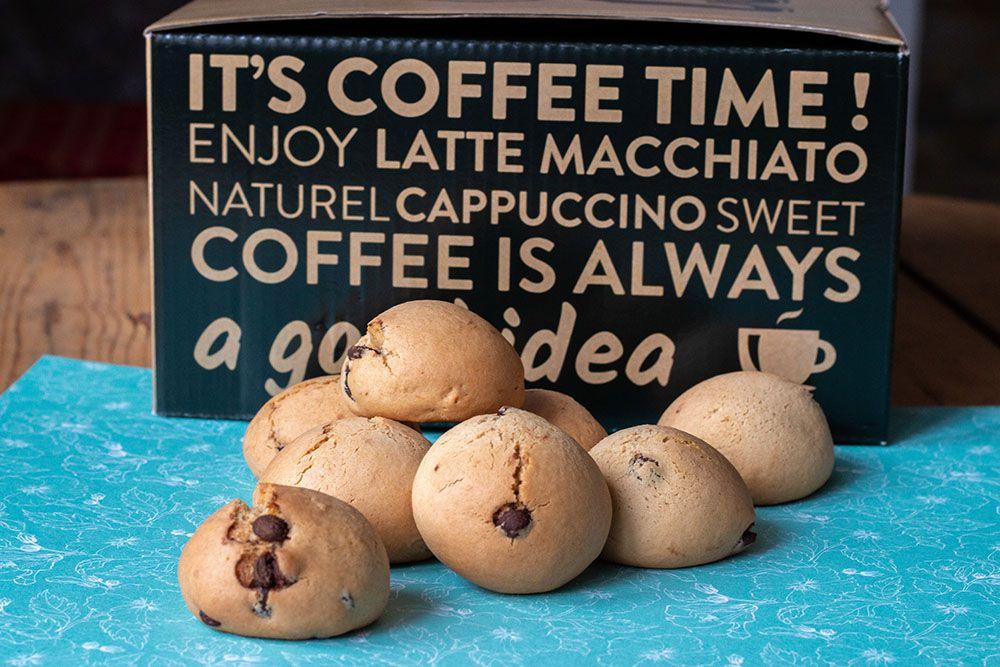 Biscuits italiens au café et aux pépites de chocolats