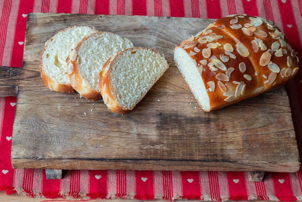 Brioche au fromage blanc à la mie filante