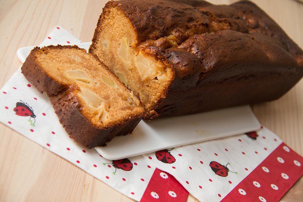 Cake aux pommes et au caramel au beurre salé (au Compagnion ou sans)