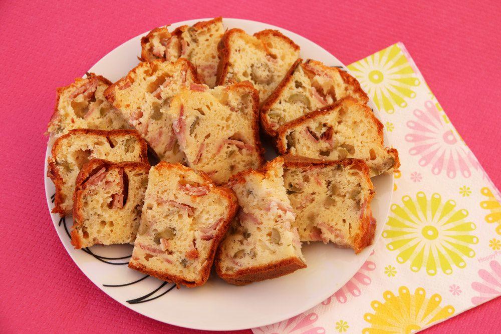 Cake de Sophie au jambon et aux olives