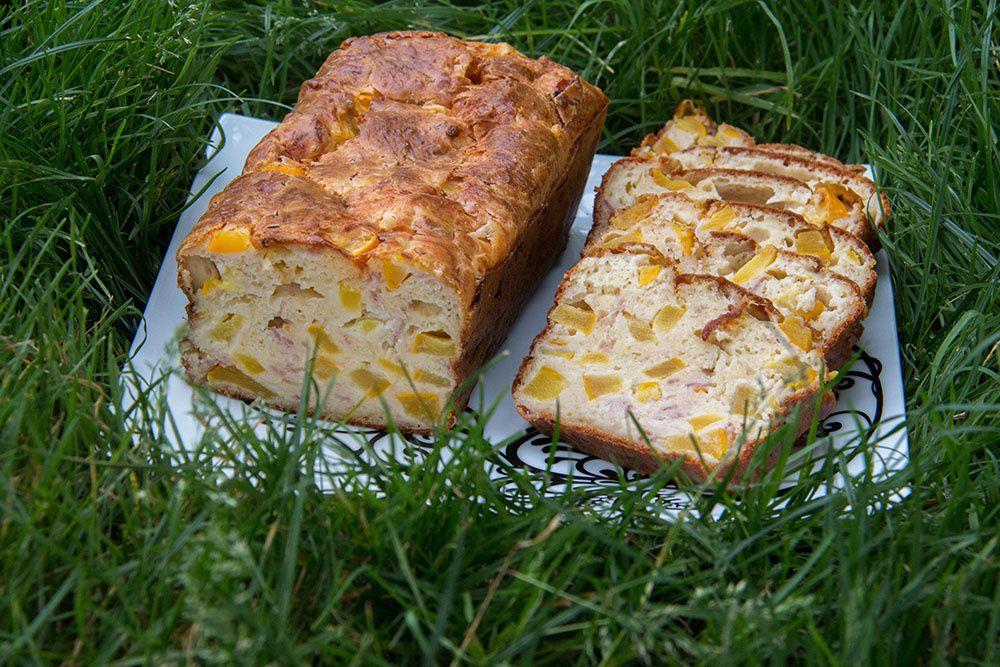 Cake salé jambon, gruyère et courgettes