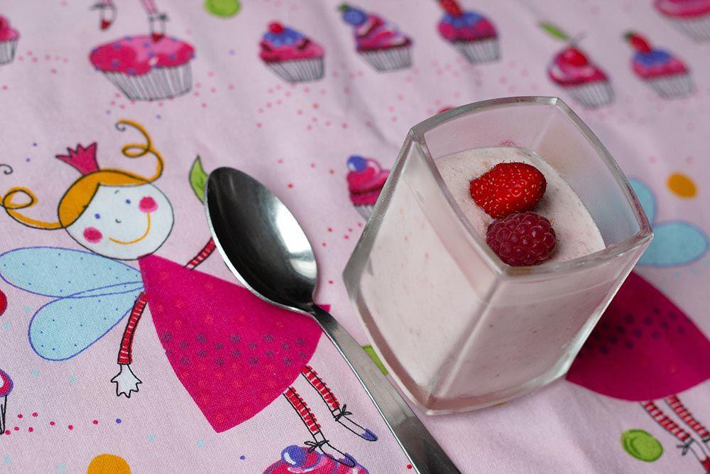 Mousses de fraises et framboises au mascarpone