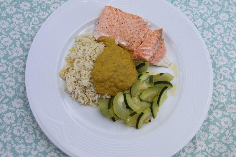 Saumon vapeur aux courgettes, sauce aux légumes (au Thermomix)