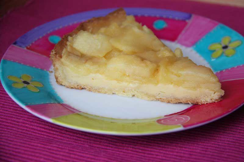 Tarte aux pommes confites à la crème vanillée
