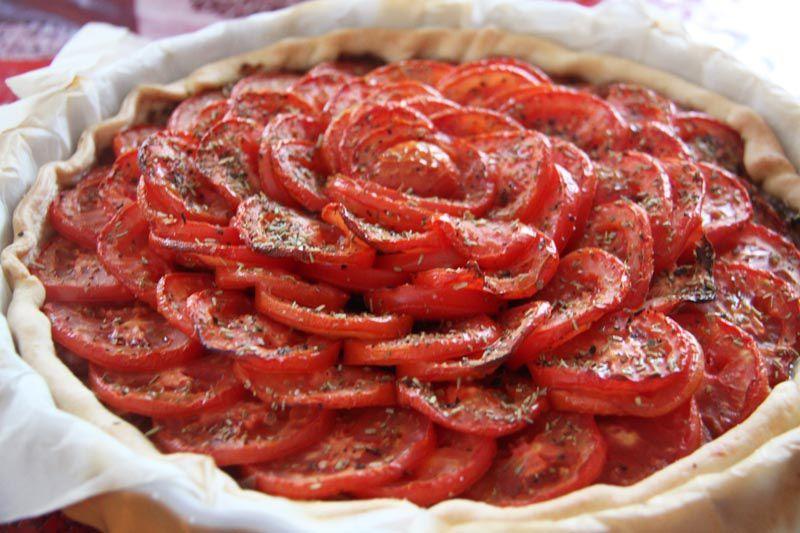 Tarte aux tomates et oignons confits
