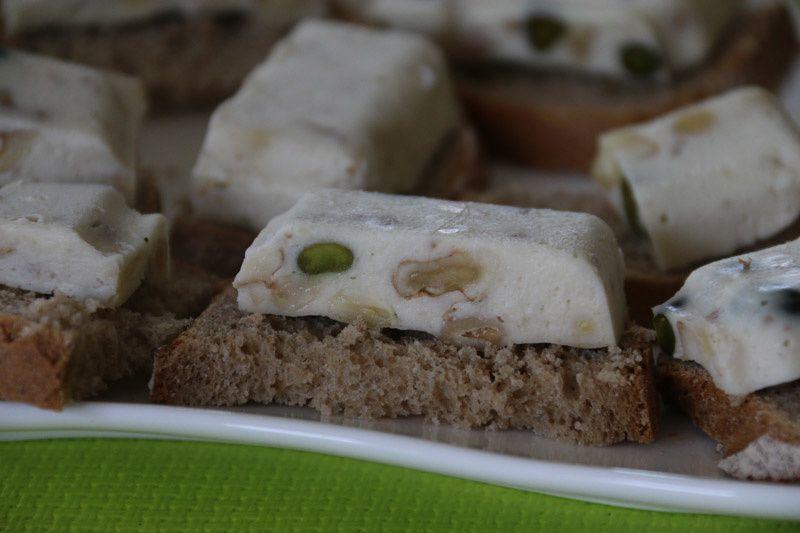 Camembert aux fruits secs façon nougat (au Thermomix ou sans)
