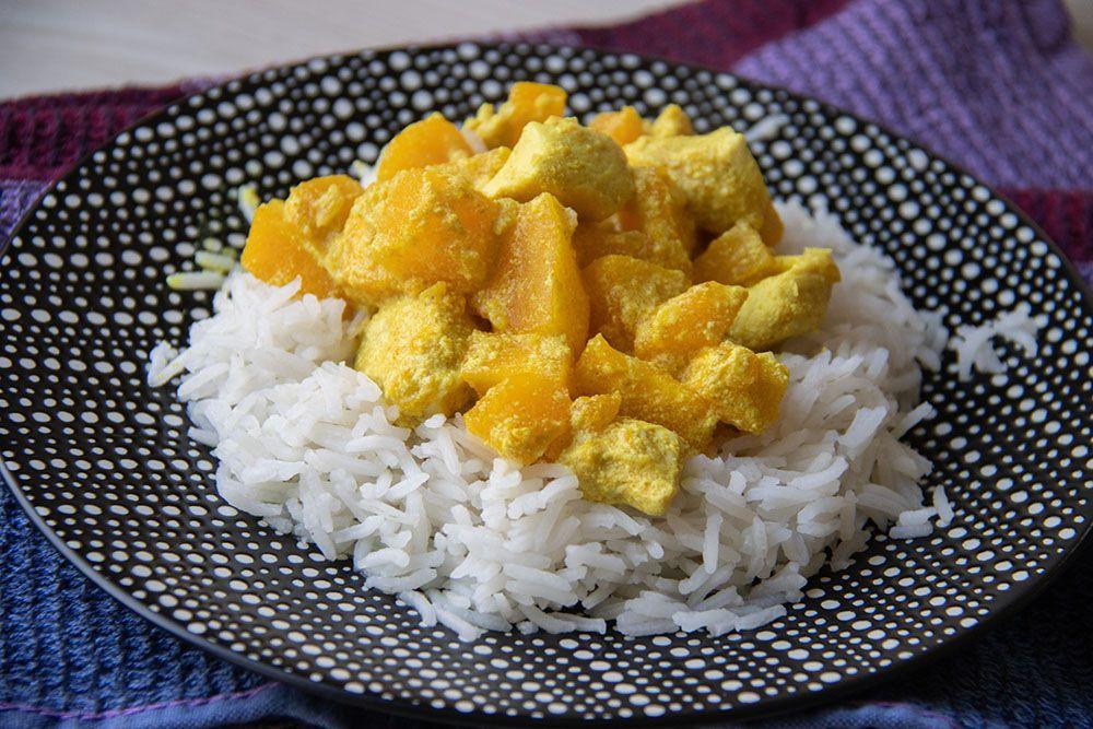 Curry de poulet et lait de coco au potimarron