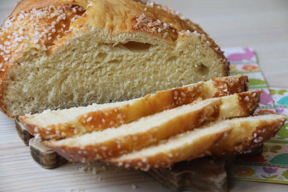 La Mouna (Brioche de Pâques)