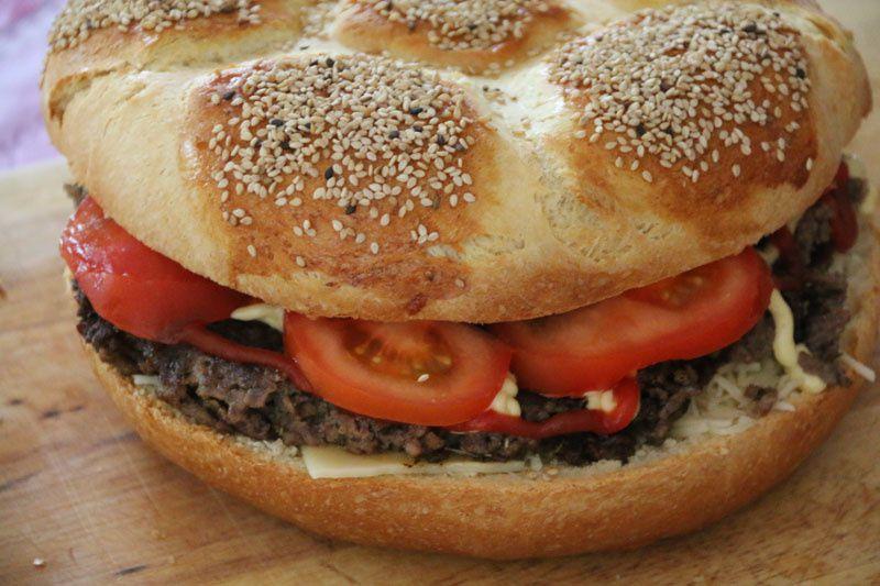 Méga burger football (recette Tupperware)