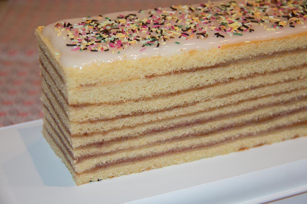 Schichttorte de tantine ou gâteau à étages alsacien