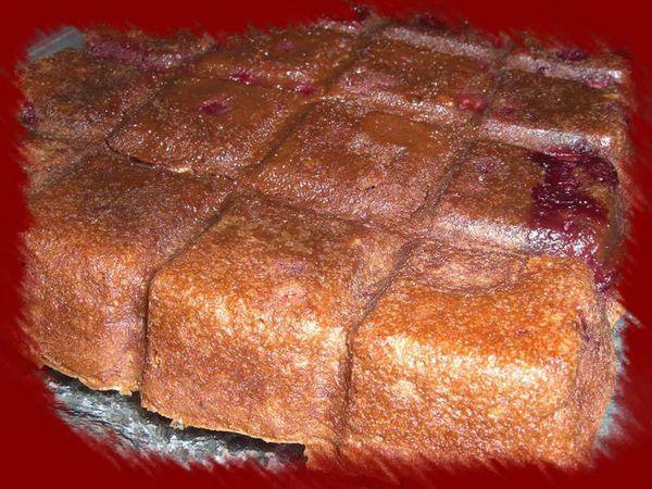 Brownies aux framboises et aux amandes
