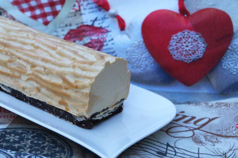 Bûche Caramel beurre salé Poires et Chocolat