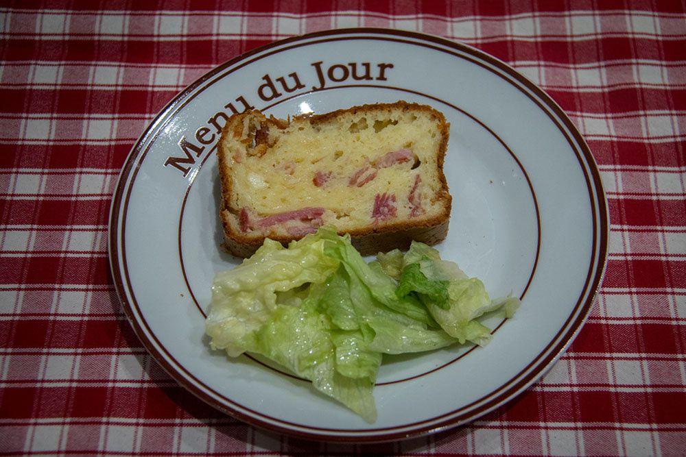 Cake à la raclette et au bacon de Sophie