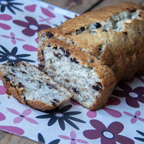 Cake aux graines de chia, citron et pépites de chocolat