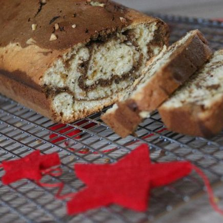 Cake marbré au pralin et au café