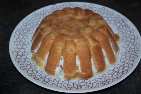 Charlotte Pschitt aux fraises (Tupperware)