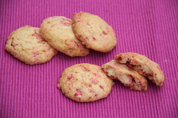 Cookies aux pralines roses et à l'eau de rose