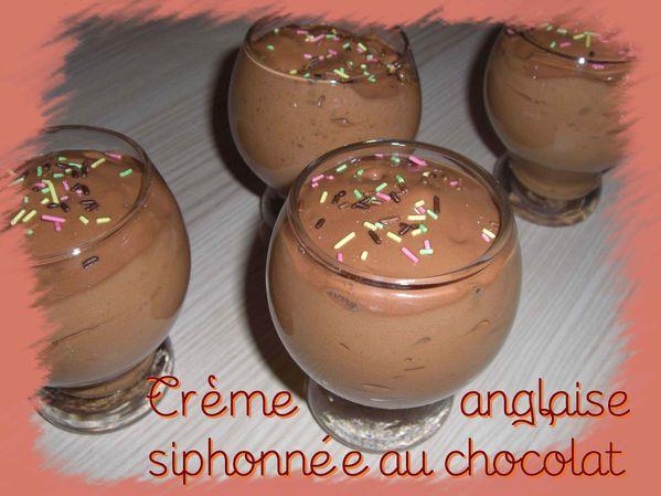 Crème anglaise siphonnée au chocolat