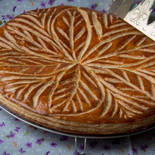 Galette-des-rois-a-la-noix-de-coco-et-au-chocolat