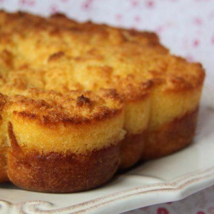 Gateau-moelleux-aux-pommes-et-son-croustillant-noix-de-coco-2