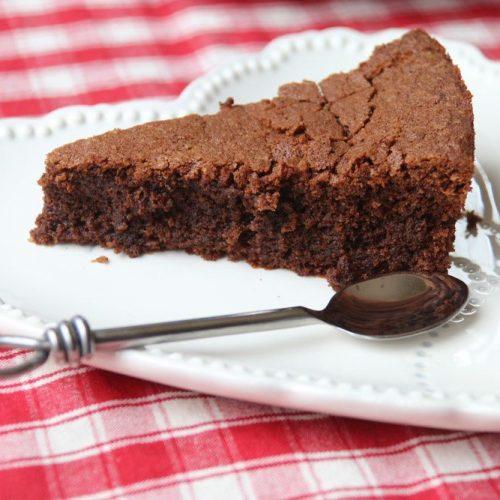 Gateau-moelleux-sans-gluten-aux-pepites-de-chocolat-3