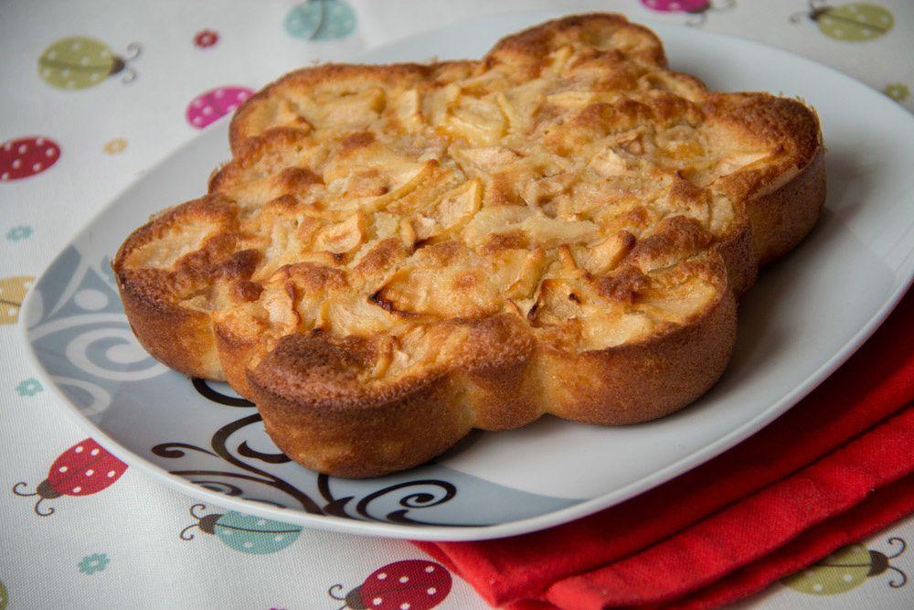Gâteau rapide Pomme Poire (recette Tupperware)