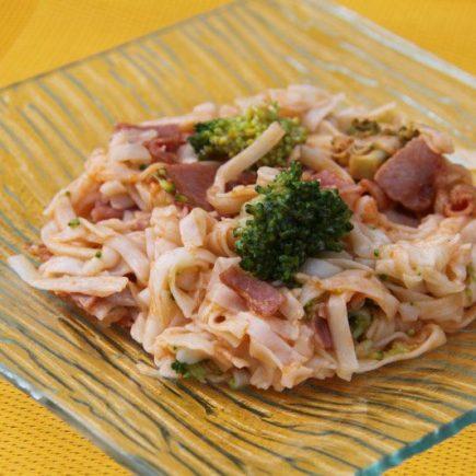 Linguines aux brocolis et au bacon