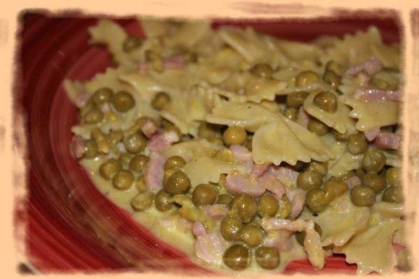 Pâtes aux petits pois et au jambon