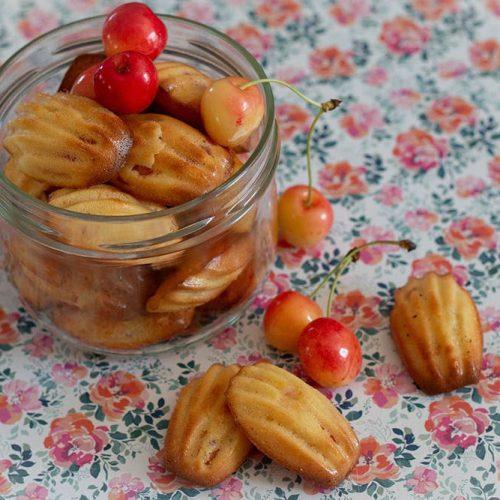 Petites-madeleines-citron-cerises