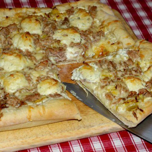 Pizza Poireaux, Thon et fromage ail et fines herbes