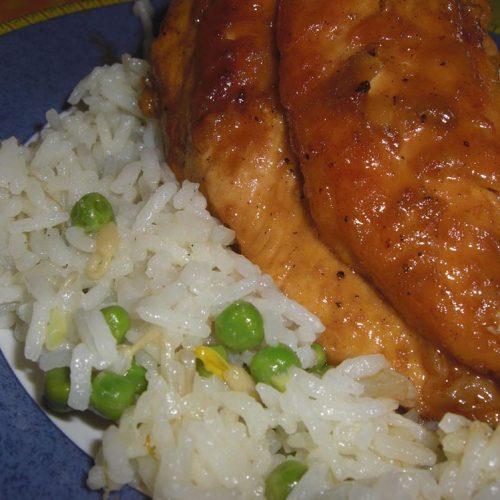 Poulet sauté au riz cantonais