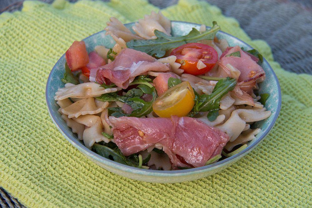 Salade Farfalle – jambon cru