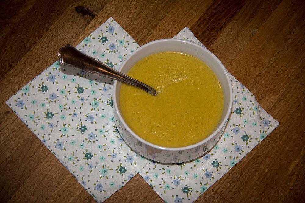 Soupe de brocoli – carottes (au Thermomix ou sans)
