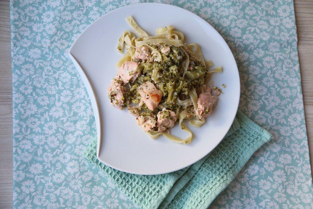 Tagliatelles au saumon et aux brocolis