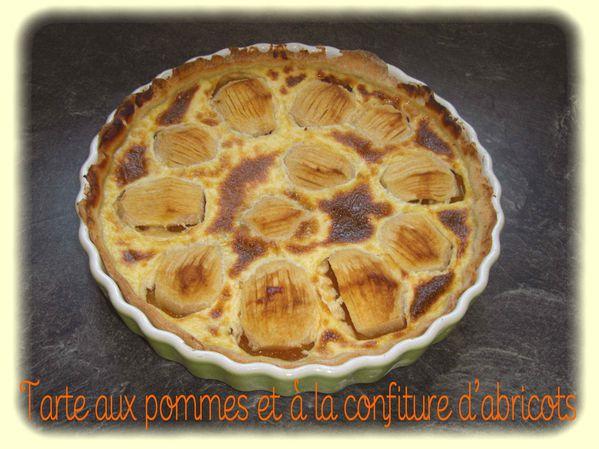 Tarte aux pommes et à la confiture d'abricots