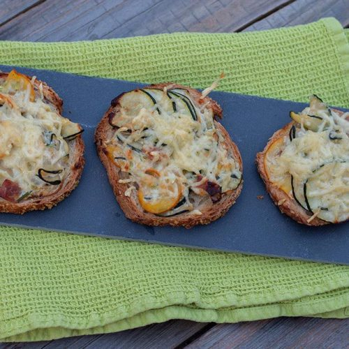 Tartines-gratinees-aux-courgettes