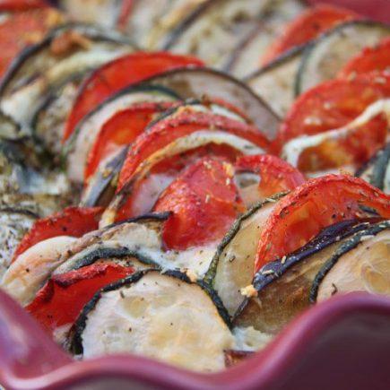 Tian de légumes à la mozzarella et aux herbes de Provence