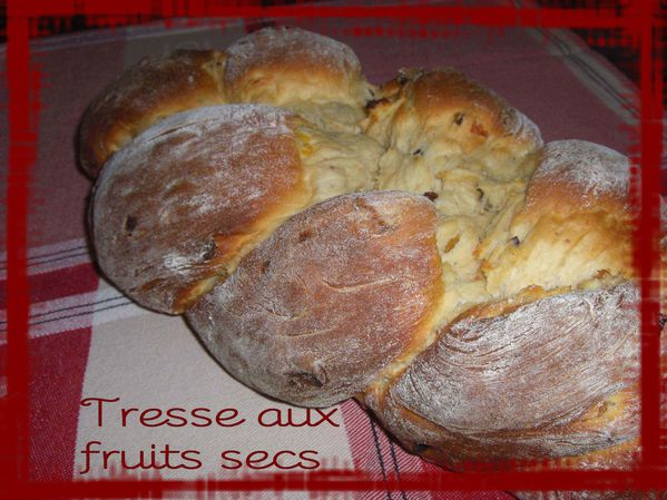 Tresse aux fruits secs