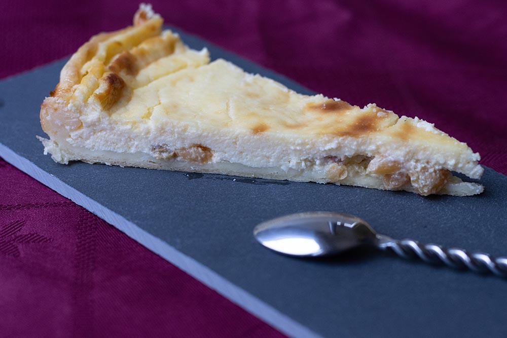 Vatrouchka, tarte russe au fromage blanc et aux raisins secs