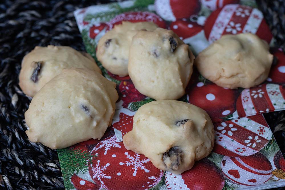rhum bredeles petits gâteaux de Noël alsaciens au rhum
