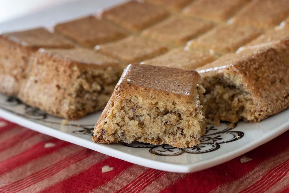 Gâteau léger aux noisettes (avec seulement 3 ingrédients !) moule tablette Flexipan Demarle