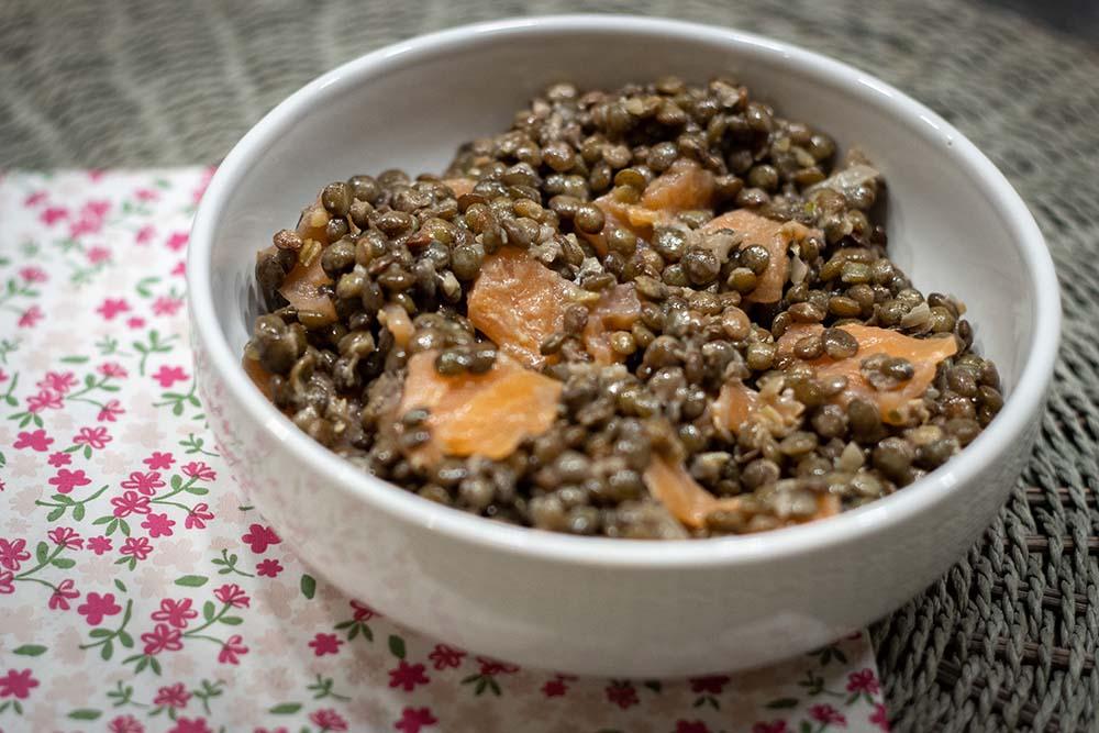 Lentilles et saumon fumé en salade