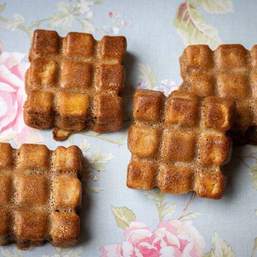 Petits moelleux pommes cannelle petites tablettes Flexipan Demarle
