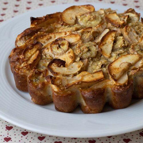 Gâteau léger pommes bananes et flocons d'avoine de Hélène moule marguerite Demarle