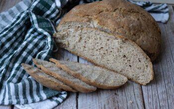 Pain à la farine de noix et de seigle (pain cocotte)