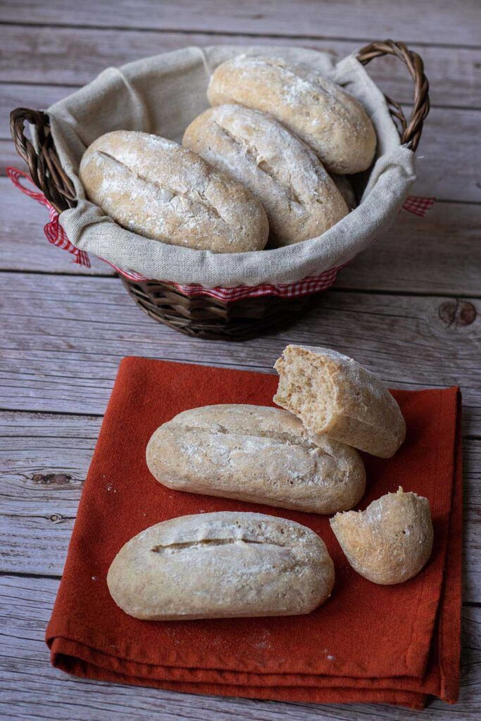 Petits pains d'épeautre allongées Flexipan air 2