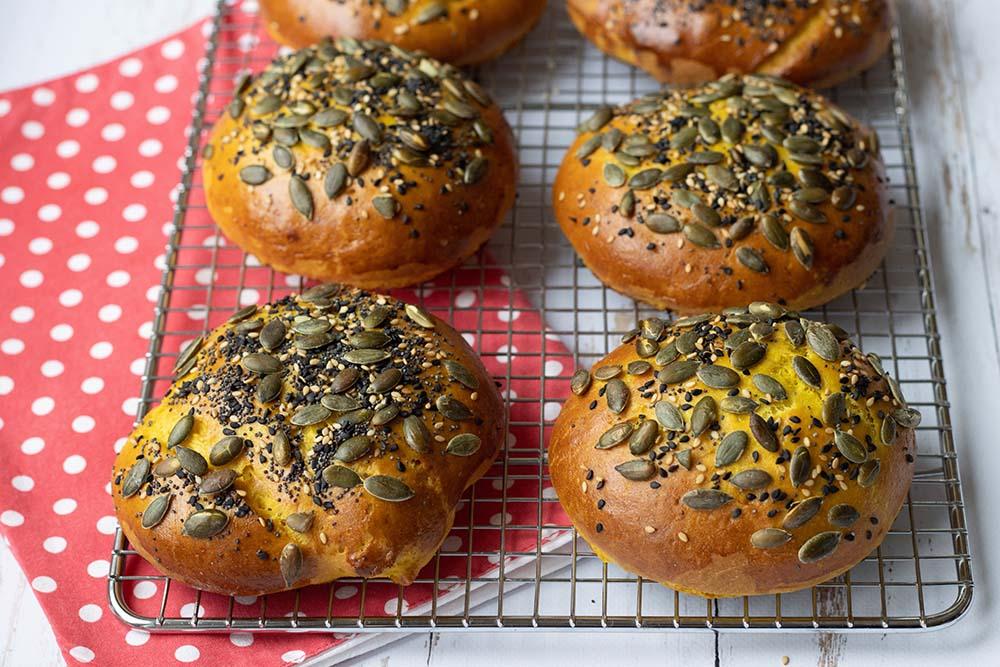 Buns au maïs pains hamburgers maison 2
