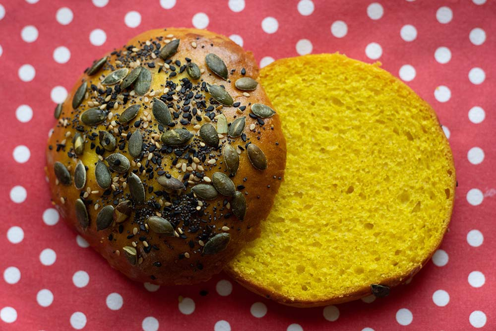 Buns au maïs pains hamburgers maison 3