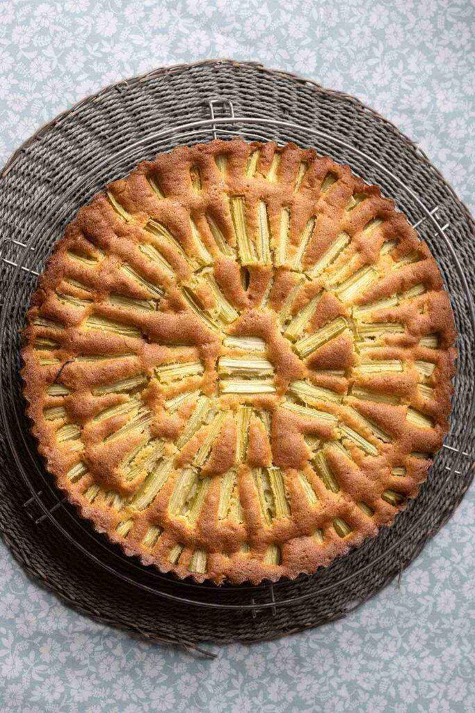 Gâteau rhubarbe en soleil 4